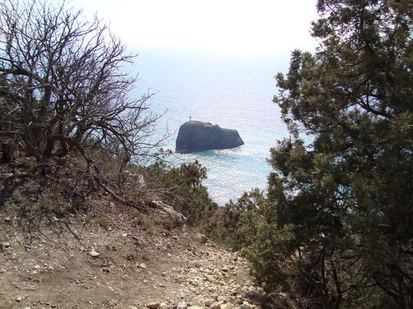 Вид на остров с крестом с горы. Севастополь Фиолент.