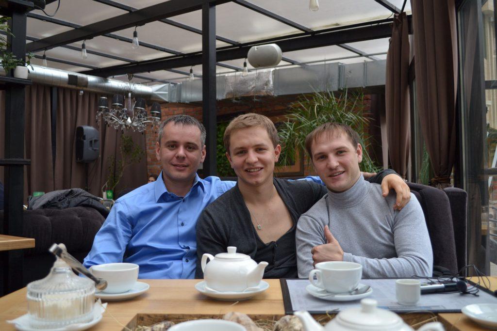 Александр Новиков, Олесь Тимофеев (основатель компании GeniusMarketing), Владислав Челпаченко.